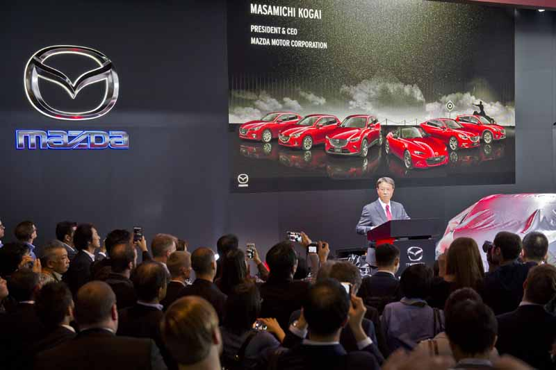mazda-the-world-premiere-of-the-yue-koeru-at-iaa-press-conference20150921-3