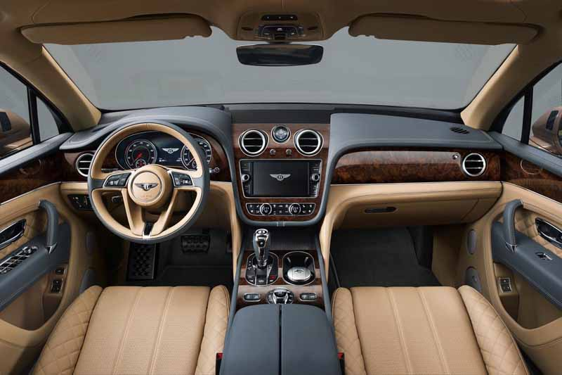 mercedes-maybach-s-550-right-hand-and-the-s-550-4matic-launched20150911-15