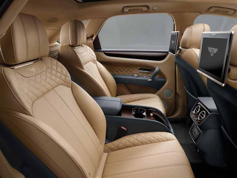 mercedes-maybach-s-550-right-hand-and-the-s-550-4matic-launched20150911-18