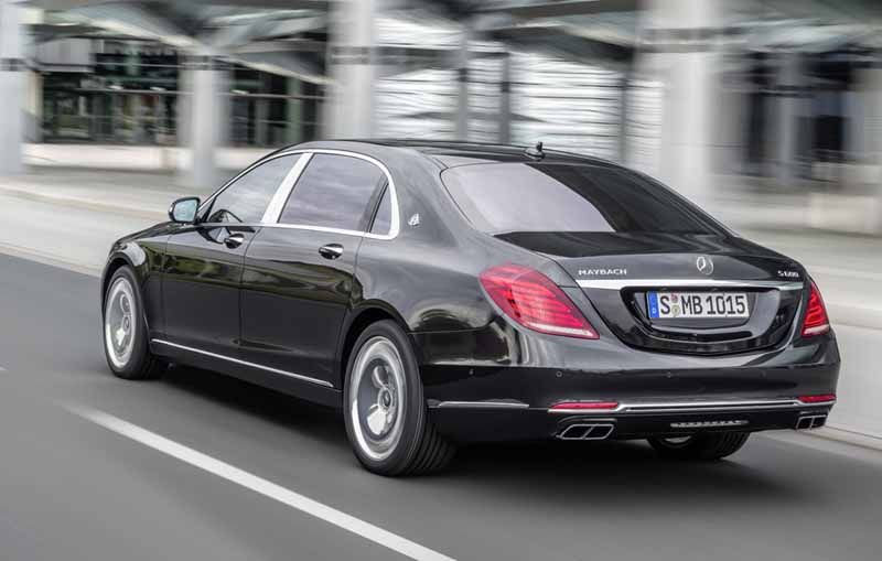 mercedes-maybach-s-550-right-hand-and-the-s-550-4matic-launched20150911-2