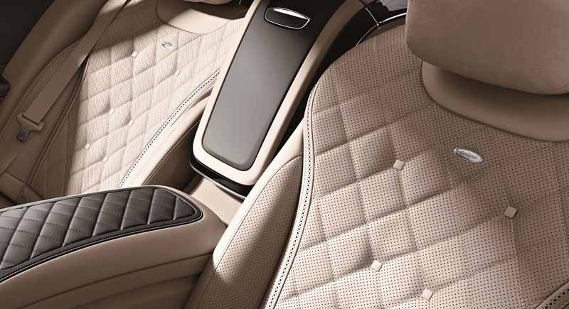 mercedes-maybach-s-550-right-hand-and-the-s-550-4matic-launched20150911-7
