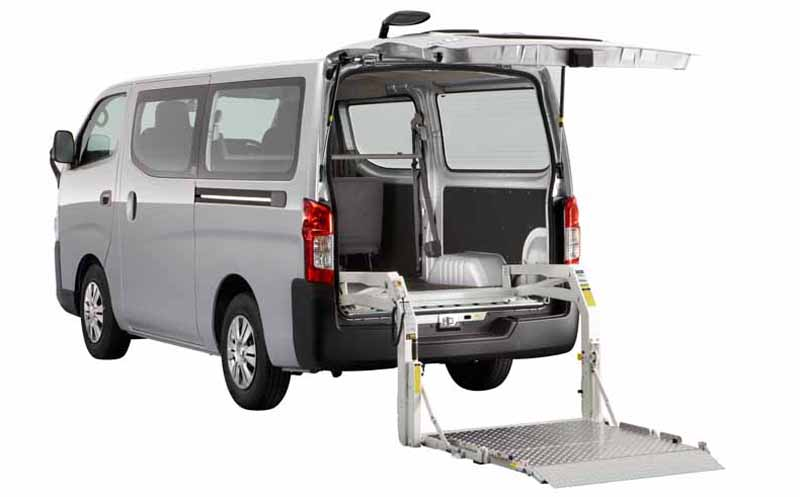 nissan-exhibited-two-commercial-vehicles-in-birumen-human-fair-1520150912-1