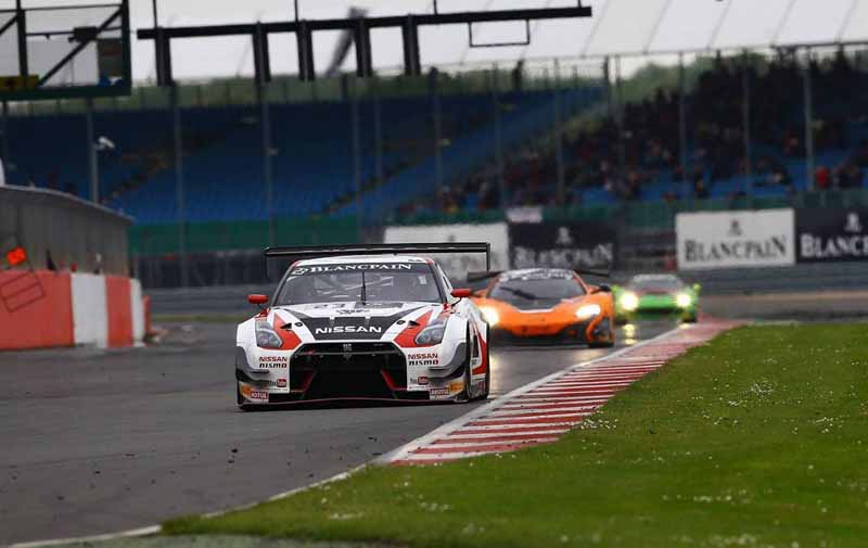 nissan-won-the-annual-championship-in-the-blancpain-endurance-series20150922-4