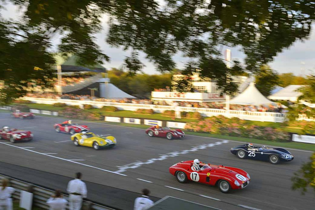 porsche-classic-and-reproduce-the-porsche-in-the-1960s-at-the-goodwood-revival20150912-1