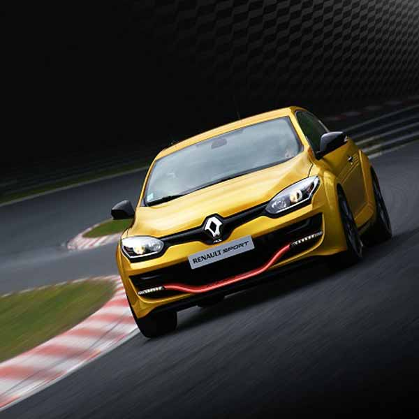 renault-japon-megane-renault-sport-cup-s-and-60-cars-limited-release-the20150924-2