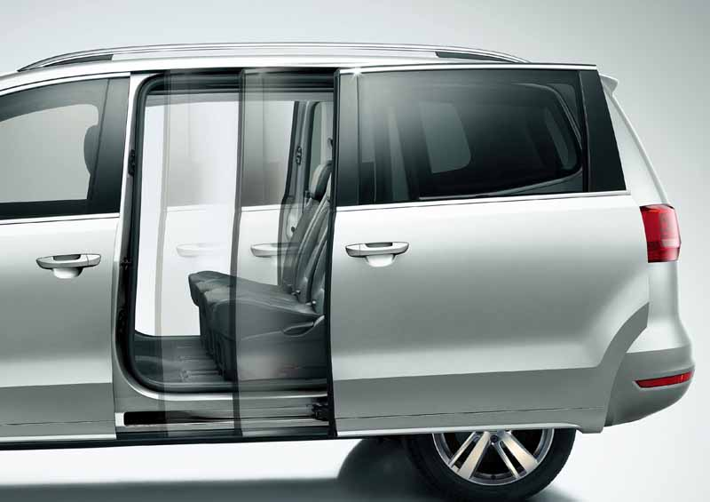 renewal-of-the-7-seater-large-minivan-sharan-the-first-time-in-four-years-of-volkswagen20150915-3