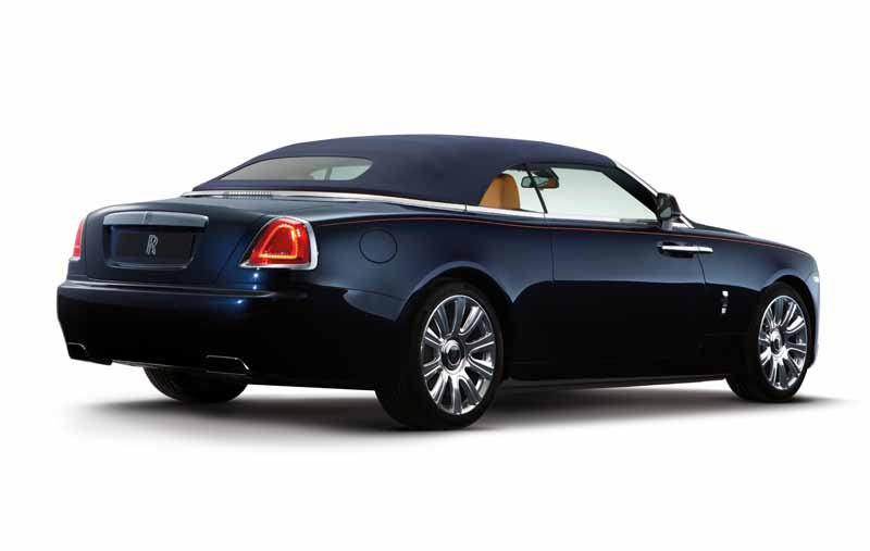 rolls-royce-dawn-4-seater-drop-head-luxury-with-uncompromising20150909-16
