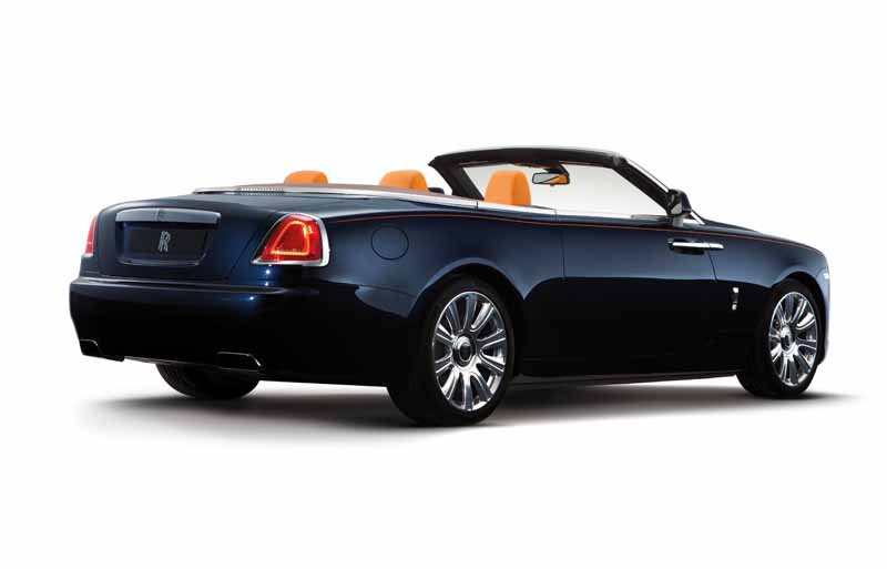 rolls-royce-dawn-4-seater-drop-head-luxury-with-uncompromising20150909-18