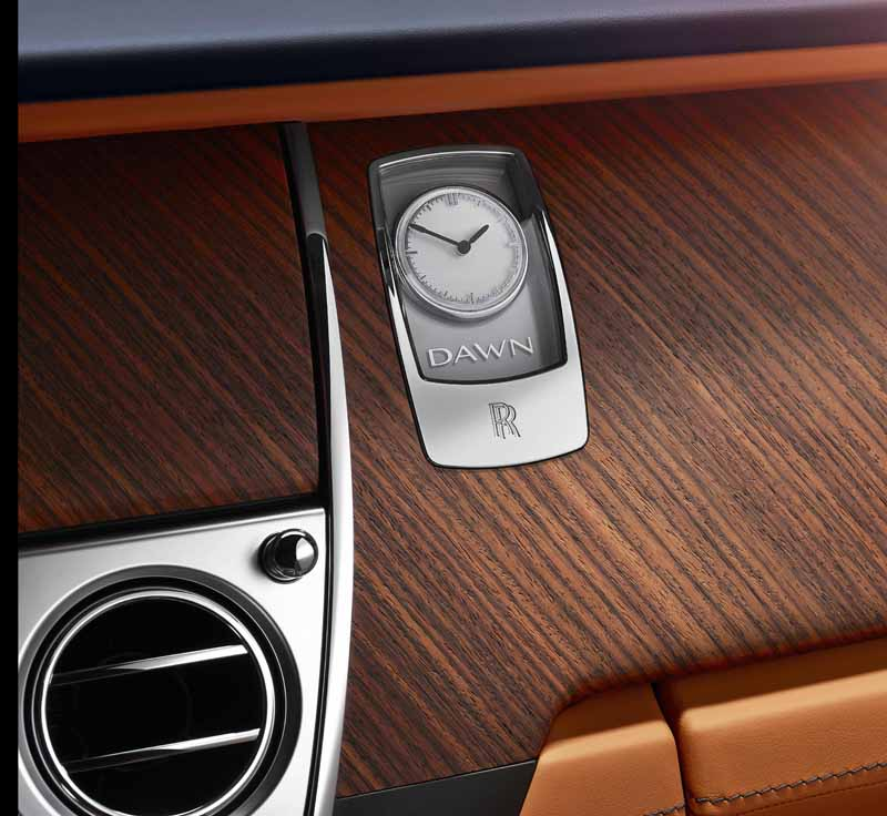 rolls-royce-dawn-4-seater-drop-head-luxury-with-uncompromising20150909-21