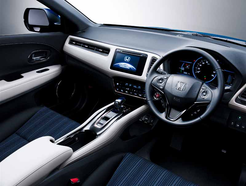 set-the-style-edition-honda-in-vezel20150917-3
