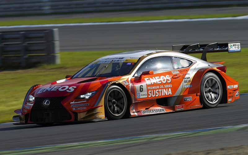 super-gt-official-test-motegi-eneos-sustina-rc-f-is-greater-than-the-course-record20150928-1