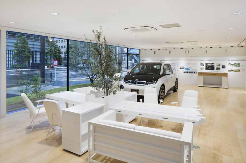 the-worlds-first-bmw-i-brand-showroom-bmw-i-megacity-studio-japan-opened20150901-3