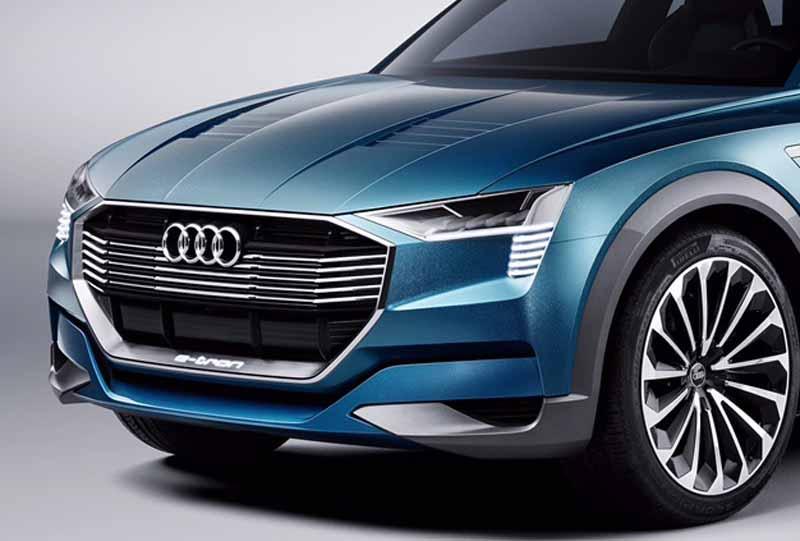 to-audi-audi-e-tron-quattro-concept-announcement-cruising-500km-than-maximum-speed-210km20150915-10