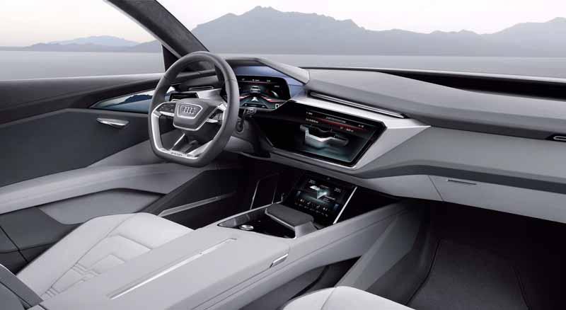 to-audi-audi-e-tron-quattro-concept-announcement-cruising-500km-than-maximum-speed-210km20150915-2