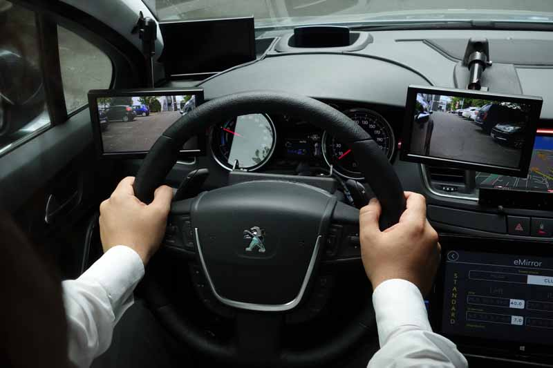 valeo-to-showcase-new-technologies-for-tomorrows-car-iaa201520150916-4