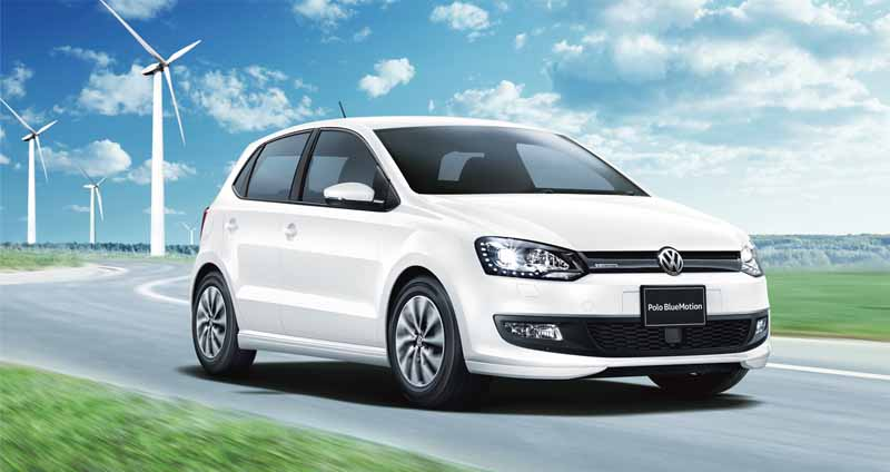 vw-and-300-units-limited-release-the-polo-bluemotion-fuel-economy-23-4km-l20150929-2