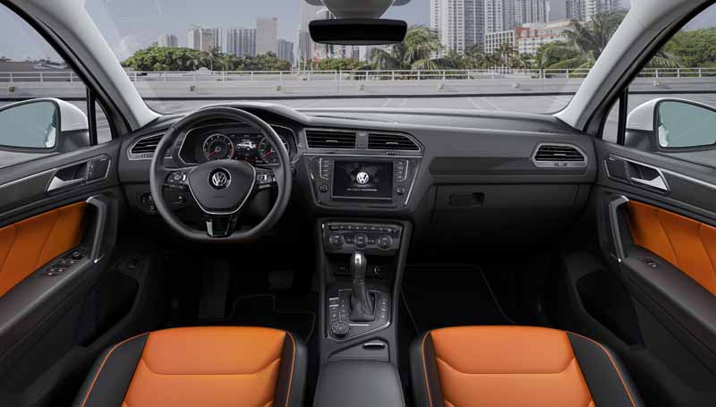 vw-the-new-tiguan-the-world-premiere20150916-4