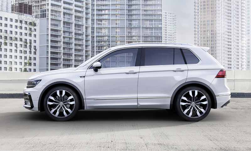 vw-the-new-tiguan-the-world-premiere20150916-6