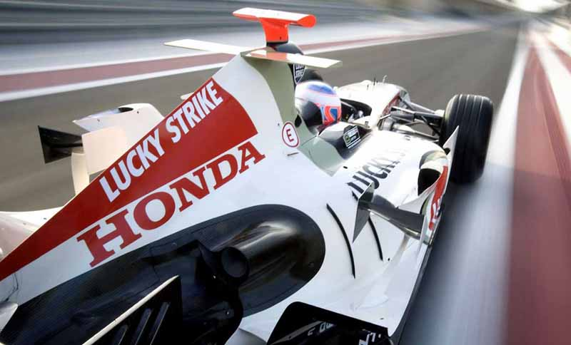 welcome-plaza-aoyama-honda-f1-engine-exhibition-in-pursuit-of-the-strongest-power-being-held20150903-2