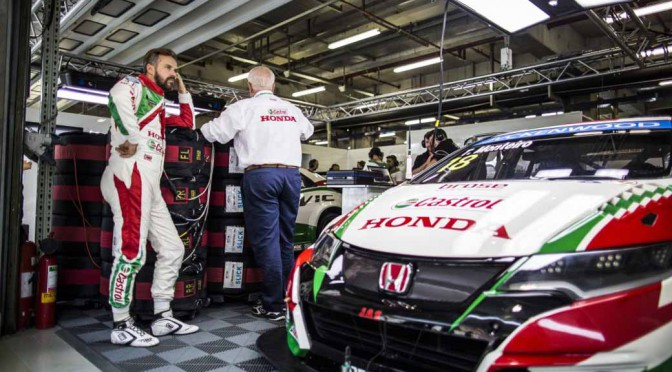 wtcc-round-10-and-shanghai-and-qualifying-postponed-to-sunday-morning-for-the-course-trouble20150926-1