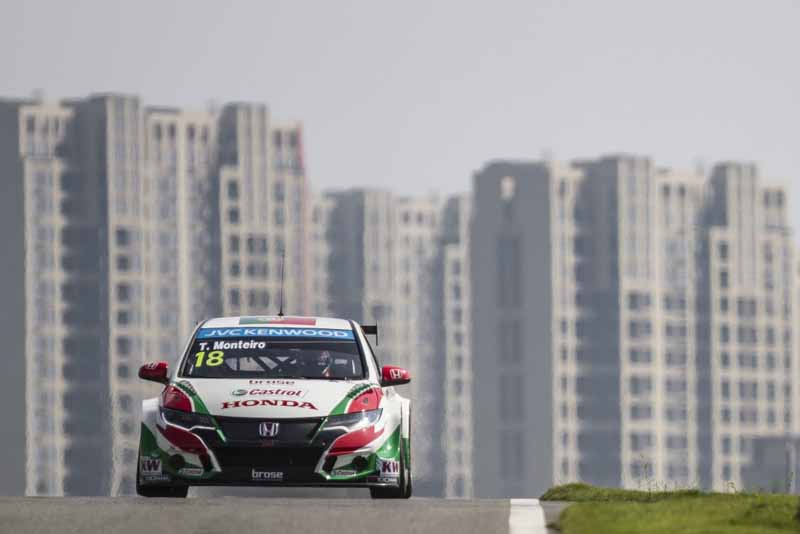 wtcc-round-10-and-shanghai-and-qualifying-postponed-to-sunday-morning-for-the-course-trouble20150926-10