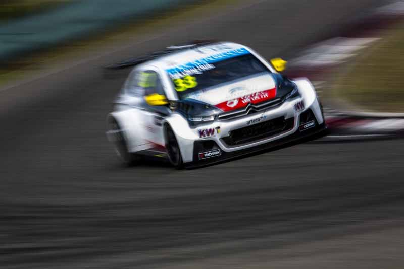 wtcc-round-10-and-shanghai-and-qualifying-postponed-to-sunday-morning-for-the-course-trouble20150926-13