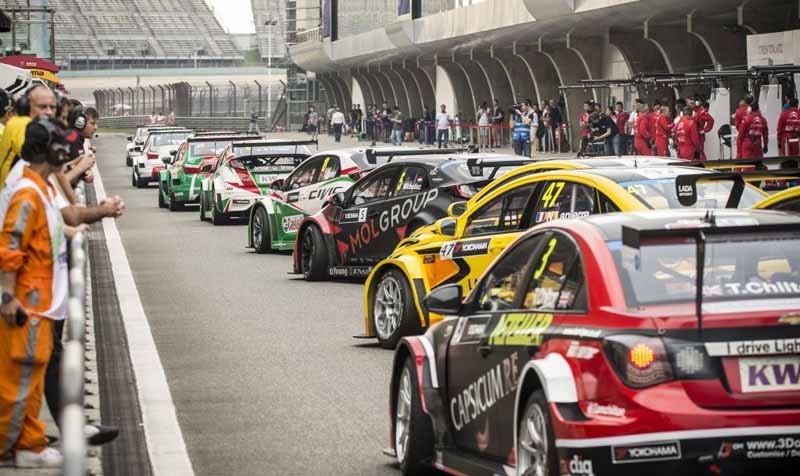wtcc-round-10-and-shanghai-and-qualifying-postponed-to-sunday-morning-for-the-course-trouble20150926-6