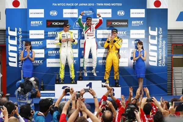 wtcc-round-9-motegi-race-1-lopez-race-2-monteiro-won20150914-1