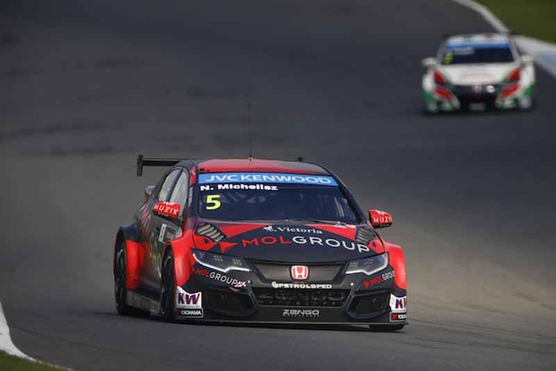 wtcc-round-9-motegi-race-1-lopez-race-2-monteiro-won20150914-11