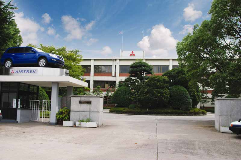 nissan-mitsubishi-motors-·-nmkv-basic-agreement-in-the-planning-and-development-of-next-generation-light-car20151015-1