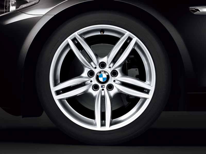 bmw-99-cars-limited-car-of-black-sapphire-maestro-sale20151019-1