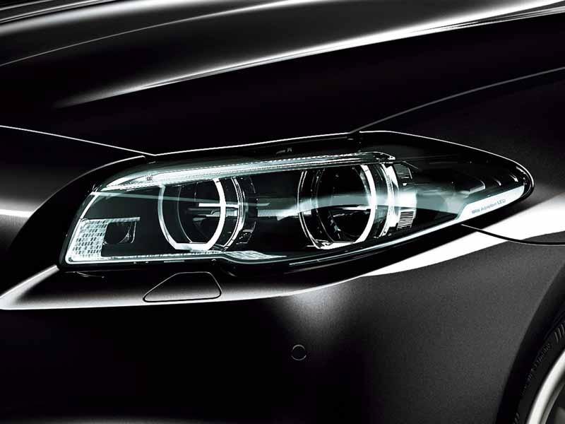 bmw-99-cars-limited-car-of-black-sapphire-maestro-sale20151019-11