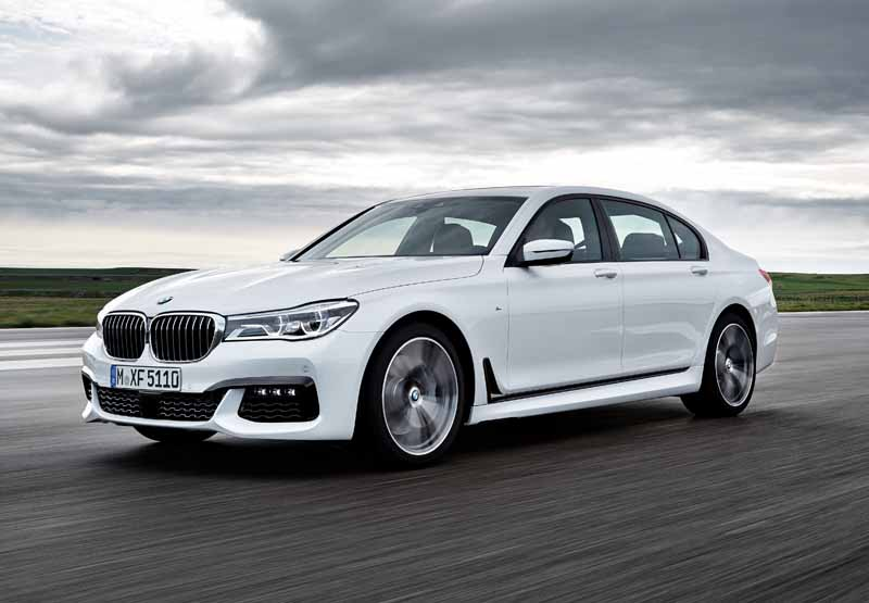 bmw-the-new-7-series-announcement-1029-sales-start20151007-6