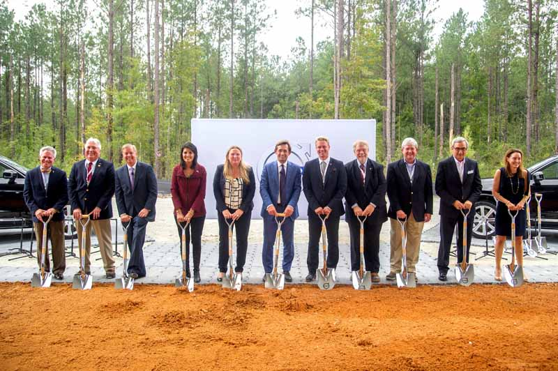 construction-start-volvo-a-new-plant-in-south-carolina20151004-7