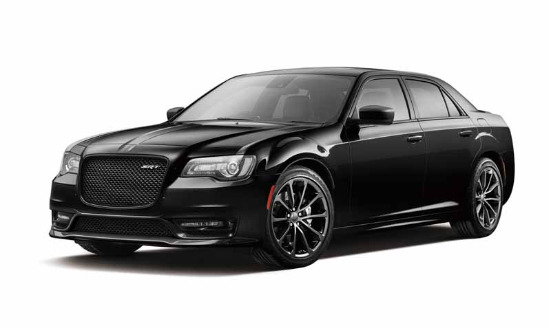 fca-japan-chrysler-300c-the-specification-change-1017-launch20151013-4