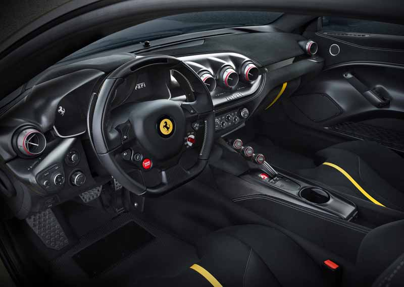 ferrari-f12-tdf-official-debut-in-the-finale-mondiari-of-mugello20151014-8