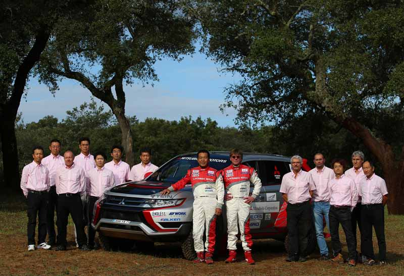 finally-opening-of-the-mitsubishi-motors-team-participated-baja-portalegre-500-is20151022-6