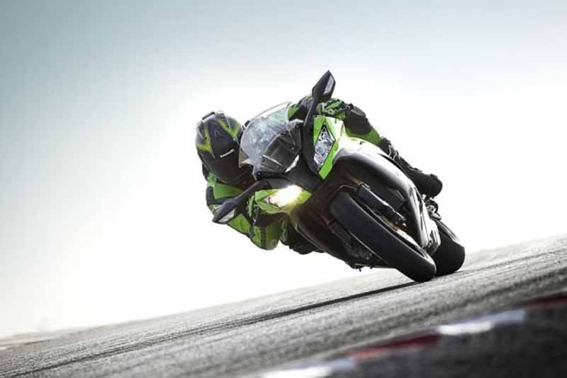 kawasaki-super-sports-ninja-zx-10r-to-be-released-in-overseas-markets20151015-2
