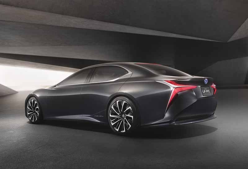 lexus-and-the-world-premiere-of-the-next-generation-of-the-flagship-concept-car-lexus-lf-fc20151028-7