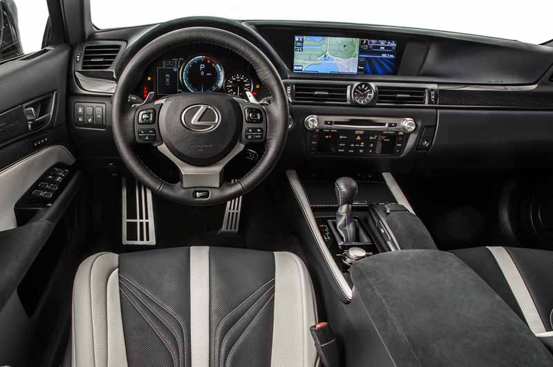 lexus-gs-f-and-gs-of-japans-first-published-in-the-tokyo-motor-show-the-worlds-first-public-car-28th-announcement20151009-15