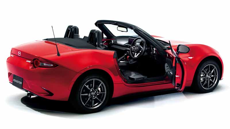 mazda-exhibited-welfare-vehicle-to-the-hcr-hcr201520151007-1
