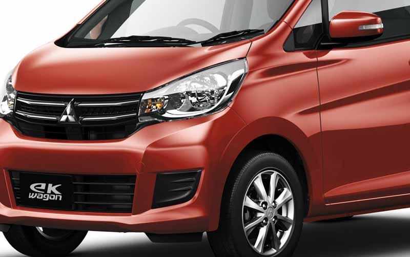 mitsubishi-motors-and-greatly-improved-the-mini-car-ek-custom-and-ek-wagon20151022-4
