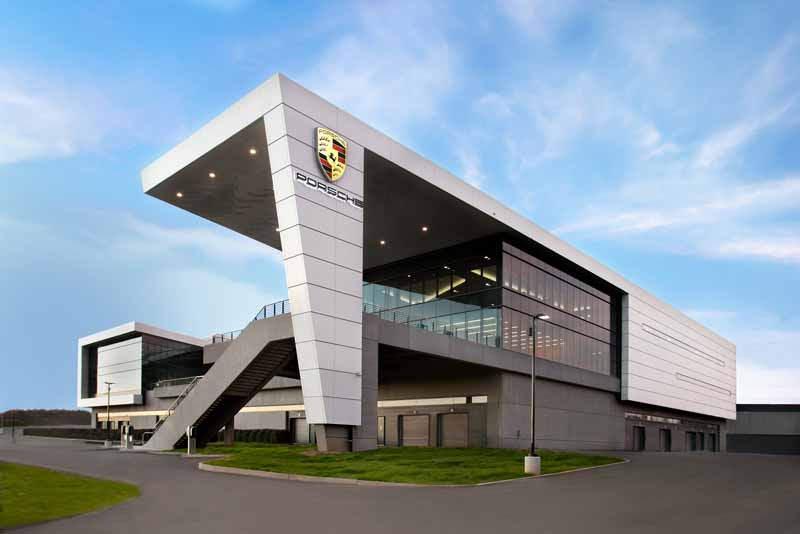 mr-oliver-blume-to-chairman-of-the-board-of-porsche-ag20151001-6