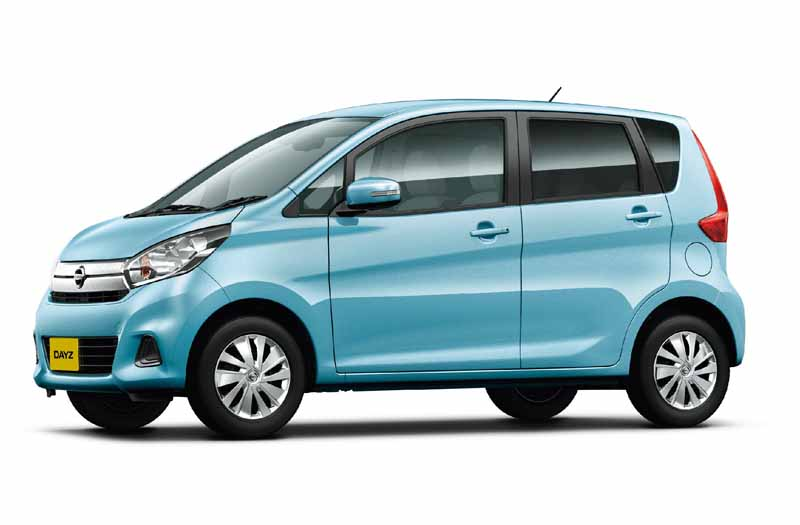 nissan-and-minor-changes-to-days-automatic-brake-all-grades-standardization20151022-3