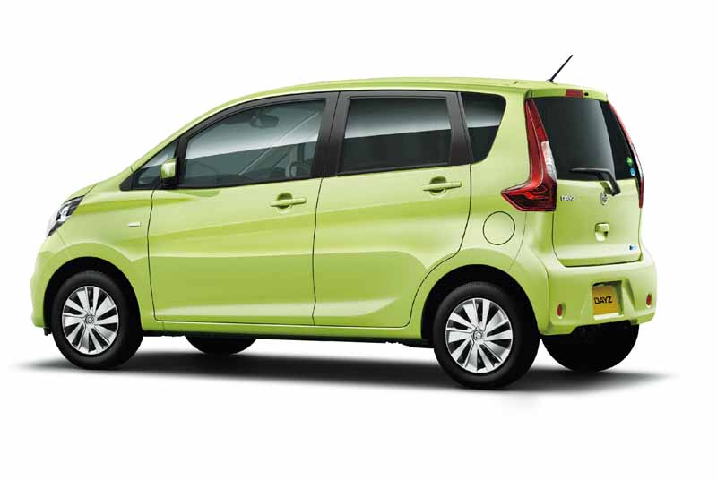 nissan-and-minor-changes-to-days-automatic-brake-all-grades-standardization20151022-4
