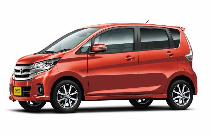 nissan-and-minor-changes-to-days-automatic-brake-all-grades-standardization20151022-7