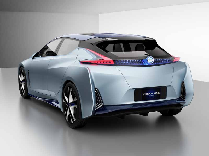 nissan-the-future-of-ev-embodying-the-automatic-operation-nissan-ids-concept-published20151028-12