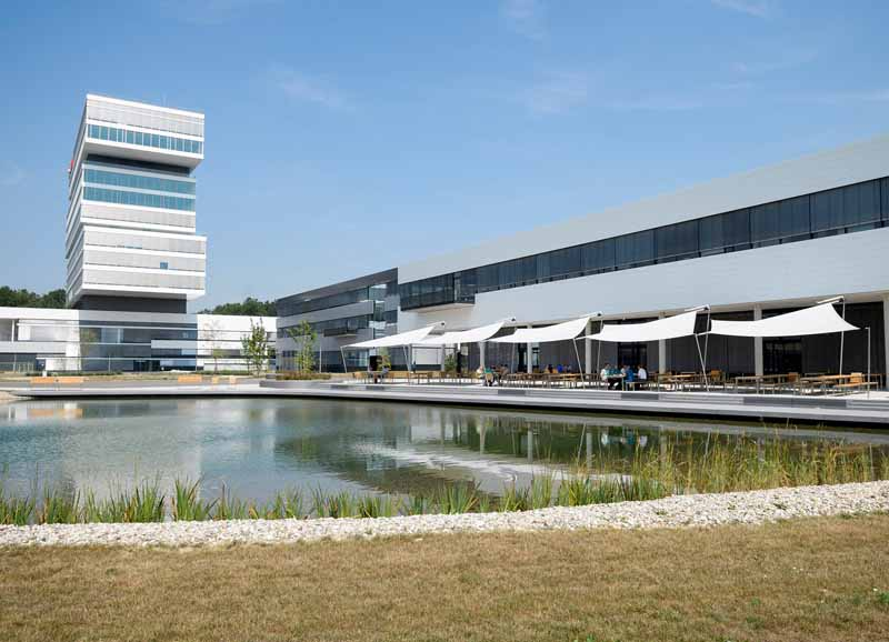officially-open-bosch-research-center-of-germany-reningen20151017-4