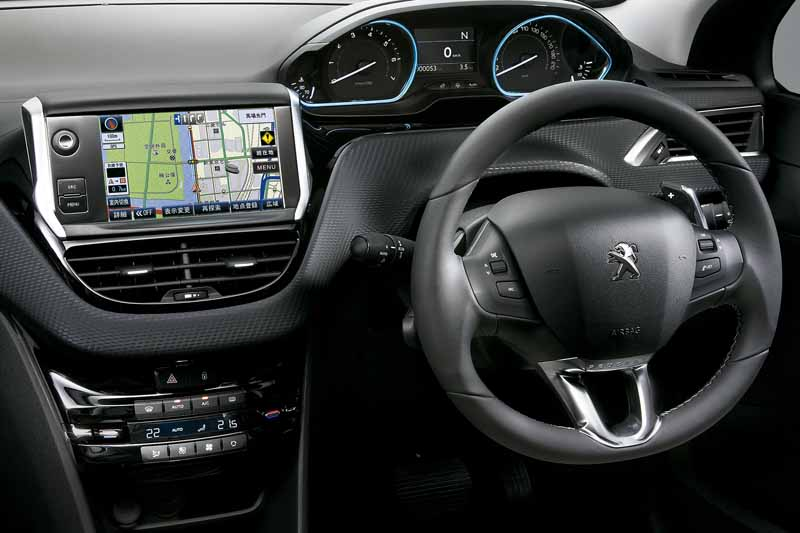peugeot-citroen-japon-peugeot-2008-leather-edition-announcement20151015-1