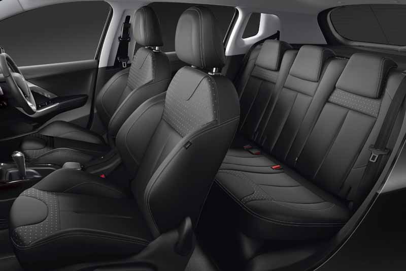 peugeot-citroen-japon-peugeot-2008-leather-edition-announcement20151015-2